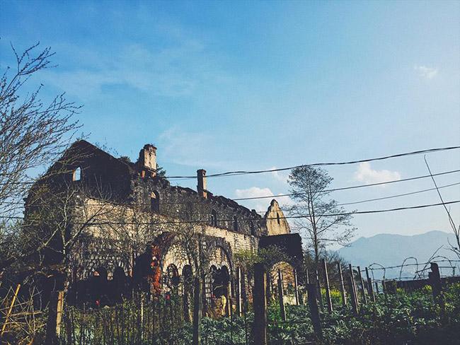 Tới Sa Pa khám phá tu viện cổ Tả Phìn đầy ma mị - 1
