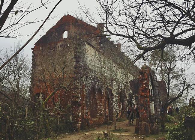 Tới Sa Pa khám phá tu viện cổ Tả Phìn đầy ma mị - 3