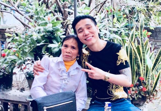 """Vợ ca sĩ Châu Việt Cường: """"Anh ấy chơi với xã hội đen nhưng là người tốt"""" - 2"""