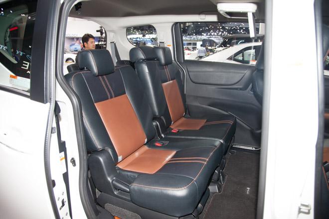 """""""Đàn em"""" của Toyota Innova ra mắt giá hơn 600 triệu - 6"""