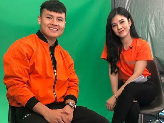 """Người đẹp """"kè kè bên HLV Park"""" phản ứng bất ngờ trước bàn thắng của Quang Hải"""