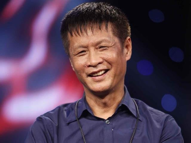 Đạo diễn Lê Hoàng tranh luận với Mai Phương: Đàn ông có nên trang điểm