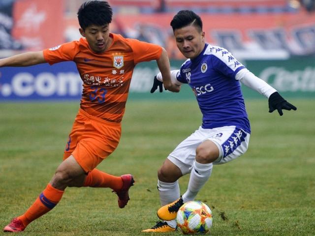 """Hà Nội thua đậm: """"Vũ khí"""" của Quang Hải bị CLB Trung Quốc bắt bài"""