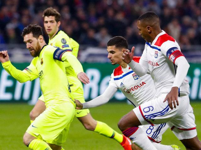 Vòng 1/8 cúp C1 Lyon - Barcelona: Sóng gió tới tấp, khung thành rung chuyển