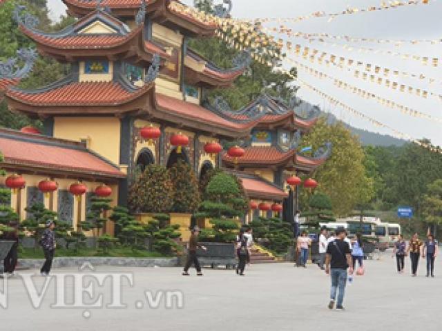 """Nóng 24h qua: Bộ Văn hóa yêu cầu làm rõ thông tin """"gọi vong, báo oán"""" ở chùa Ba Vàng"""
