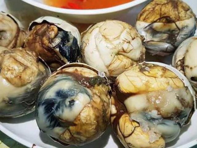 9 món ăn Việt Nam khiến khách Tây sợ hãi