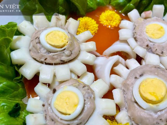 Đổi món với mực nhồi hoa cúc lạ mà quen cho bữa cơm gia đình