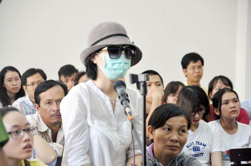 Vụ nữ sinh bị tạt axit mù mắt ở Sài Gòn: Xuất hiện tình tiết bất ngờ - 3