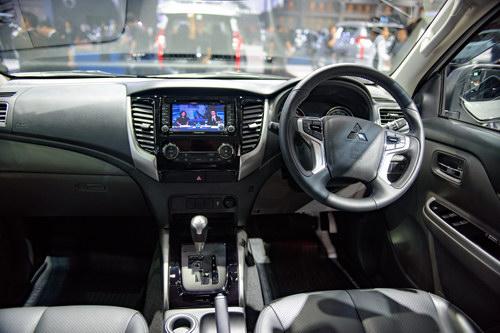 Với dòng Mitsubishi Triton off-road này, chúng tôi khuyên sử dụng dòng dầu nhớt ô tô cao cấp, chuyên dụng cho xe bán tải : Premium Economy Diesel 0W-30.