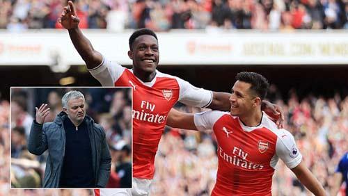 Arsenal - MU: Định đoạt derby trong 3 phút - 2