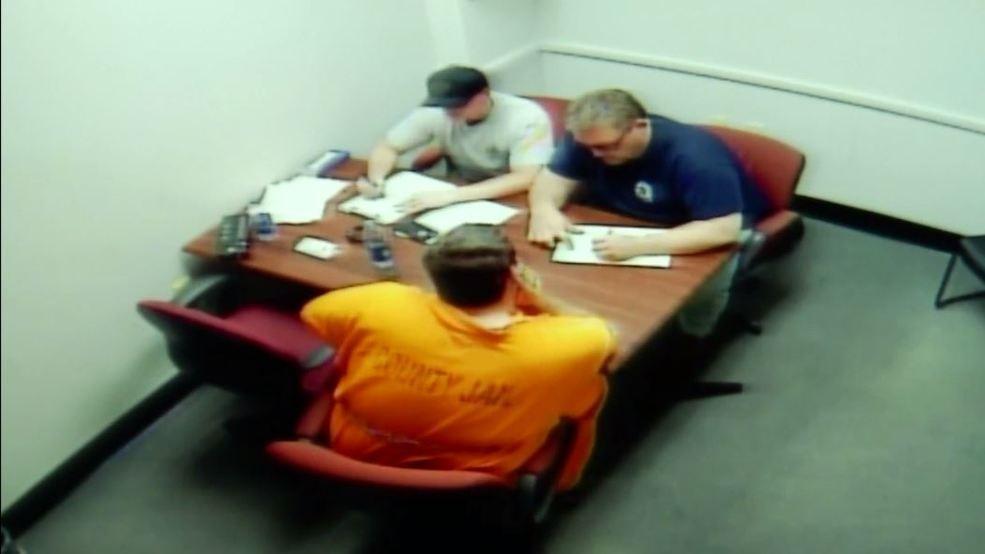 Mỹ: Lời khai ghê sợ của kẻ nhốt người vào thùng để hiếp - 2