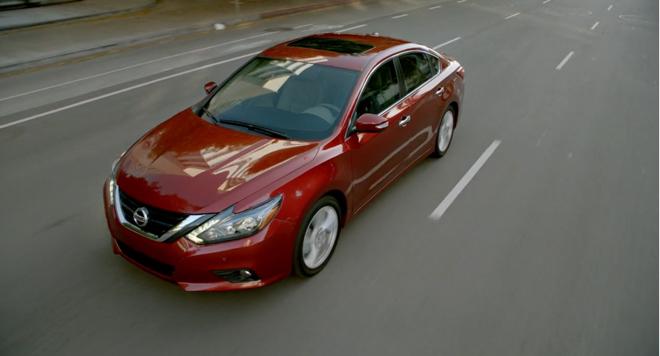 Nissan giảm giá Teana - Quyết tâm cạnh tranh trong phân khúc sedan hạng D - 2
