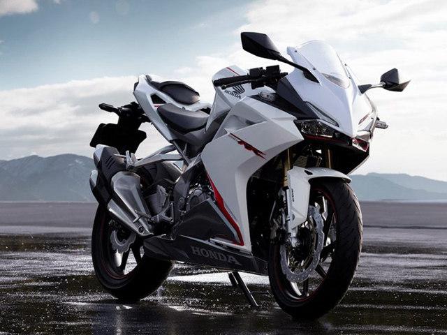 """Honda CBR 250RR 2017 """"trắng tinh khôi"""" trong màu áo mới"""