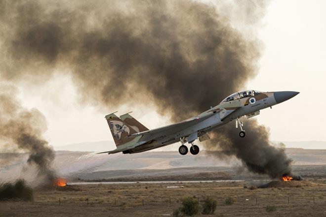 Hình ảnh Syria xác nhận bị Israel tấn công bằng tên lửa đời mới số 1
