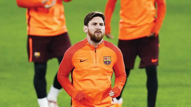 """Messi bị kiểm tra doping đột xuất: Nghi án """"thế lực ngầm"""" chơi xấu Barca"""
