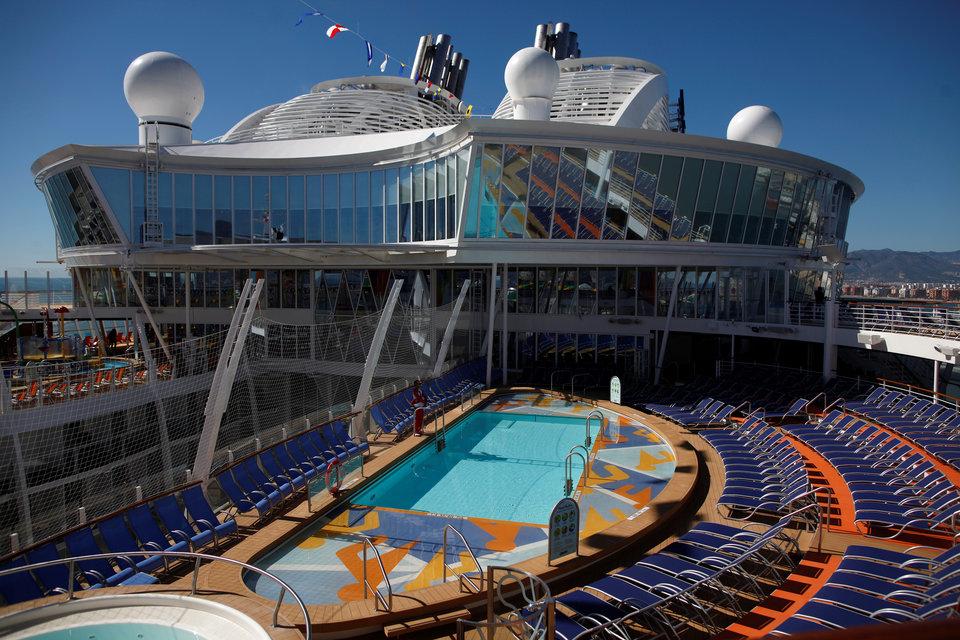 Choáng với con tàu du lịch lớn nhất thế giới, bên trong như chứa cả một thành phố - 3