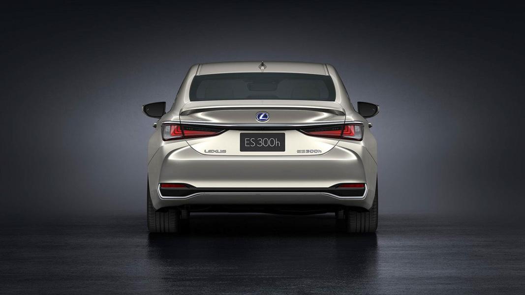 Ra mắt Lexus ES 2019: Đối thủ của E-Class và BMW 5-Series - 11