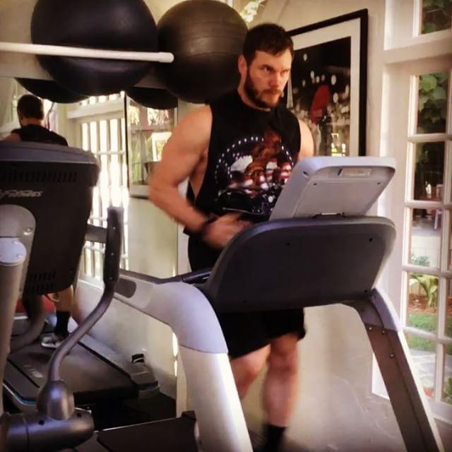 Người hùng Avengers: Từ gã trai bụng phệ đến cơ bắp cuồn cuộn - 2