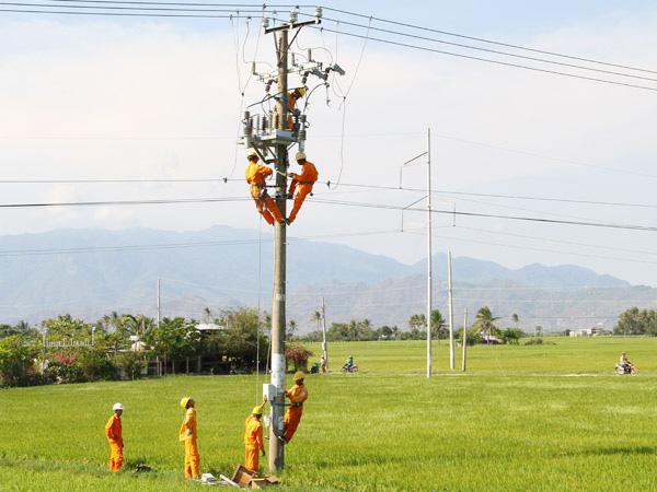 Điện khí hóa nông thôn - thành tựu lớn của ngành Điện lực - 1