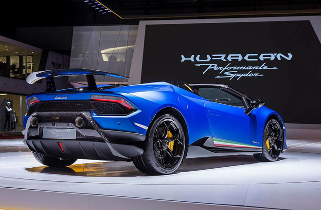 Lamborghini Huracan bản mui trần ra mắt, giá gần 7 tỷ đồng - 4