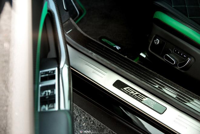 Siêu xe nhà Bentley được lên đời bộ mâm hàng hiệu 3000 USD - 11