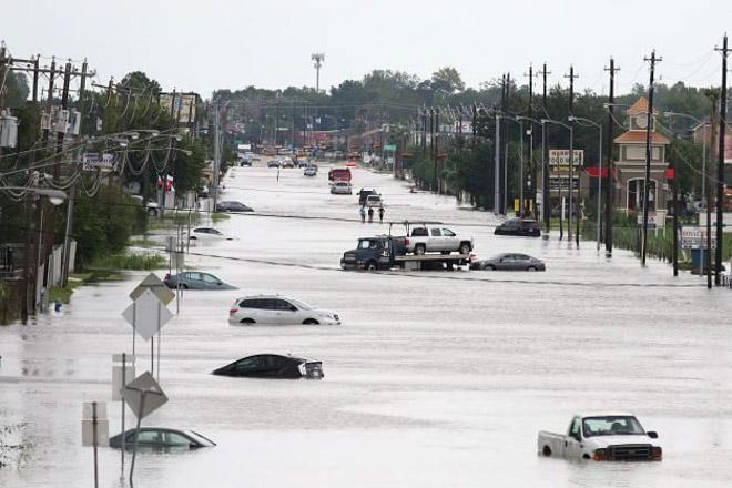 10 Lưu ý khi lái xe ôtô trong mùa mưa bão để tránh gây hư hại xe - 6