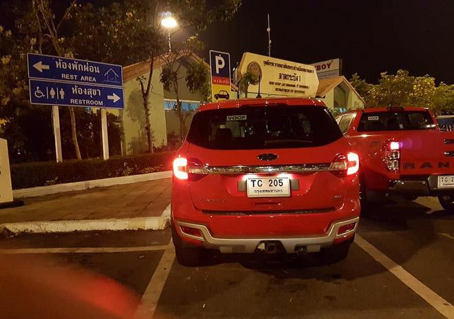 Ford Everest 2018 xuất hiện, sắp về Việt Nam - 8