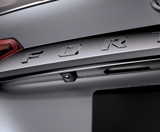 Toyota Fortuner phiên bản Trung Đông có gì khác so với Việt Nam? - 5