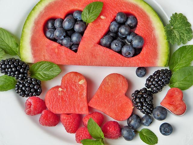 Giảm thịt và ăn 28 thứ này giúp bạn trẻ mãi không già - 3