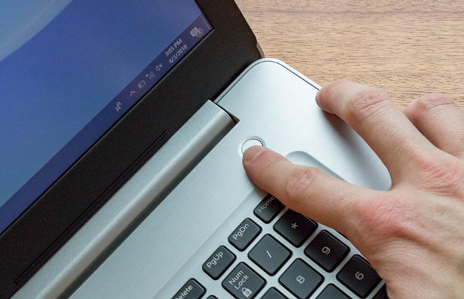 Đánh giá chi tiết laptop Dell Inspirion 17 5770 - 8
