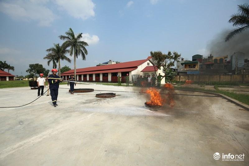 Mục kích dàn xe mô tô chữa cháy phân khối lớn của lực lượng PCCC - 12