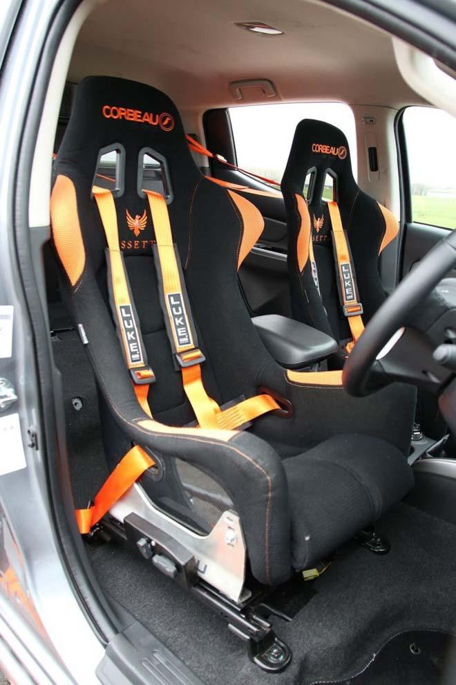 """Chiêm ngưỡng bán tải Mitsubishi Triton độ phong cách """"Fast & Furious"""" - 3"""