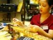 Giá vàng hôm nay 24/5: USD nhấn chìm giá vàng