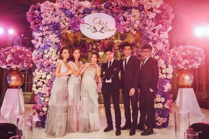 Tình cũ Trần Quán Hy diện váy khoét sâu tận rốn trong lễ cưới ở Mỹ - 6