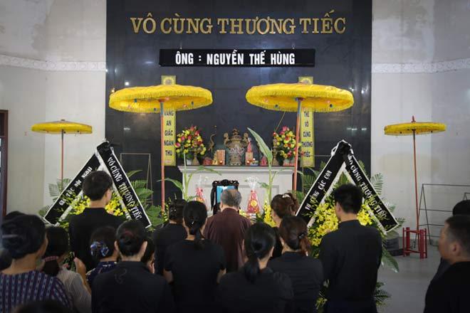 Đẫm lệ đưa tiễn người lái tàu trong vụ tai nạn ở Thanh Hóa - 1