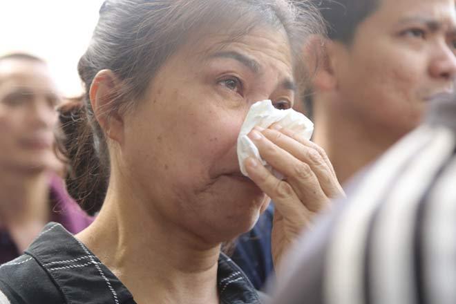 Đẫm lệ đưa tiễn người lái tàu trong vụ tai nạn ở Thanh Hóa - 14