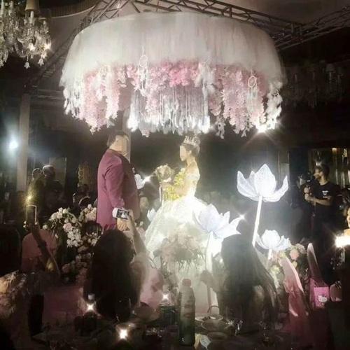 Đám cưới ngập vàng ở Trung Quốc gây xôn xao dư luận - 3
