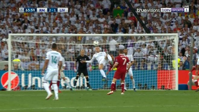 Bale ghi siêu phẩm xe đạp chổng ngược: Đẹp hơn Ronaldo, Zidane phải nể - 2