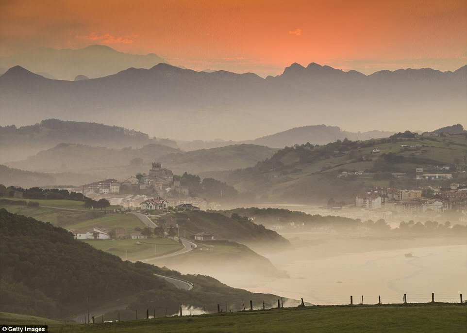 Top điểm đến đẹp nhất châu Âu không thể bỏ qua trong năm nay - 2
