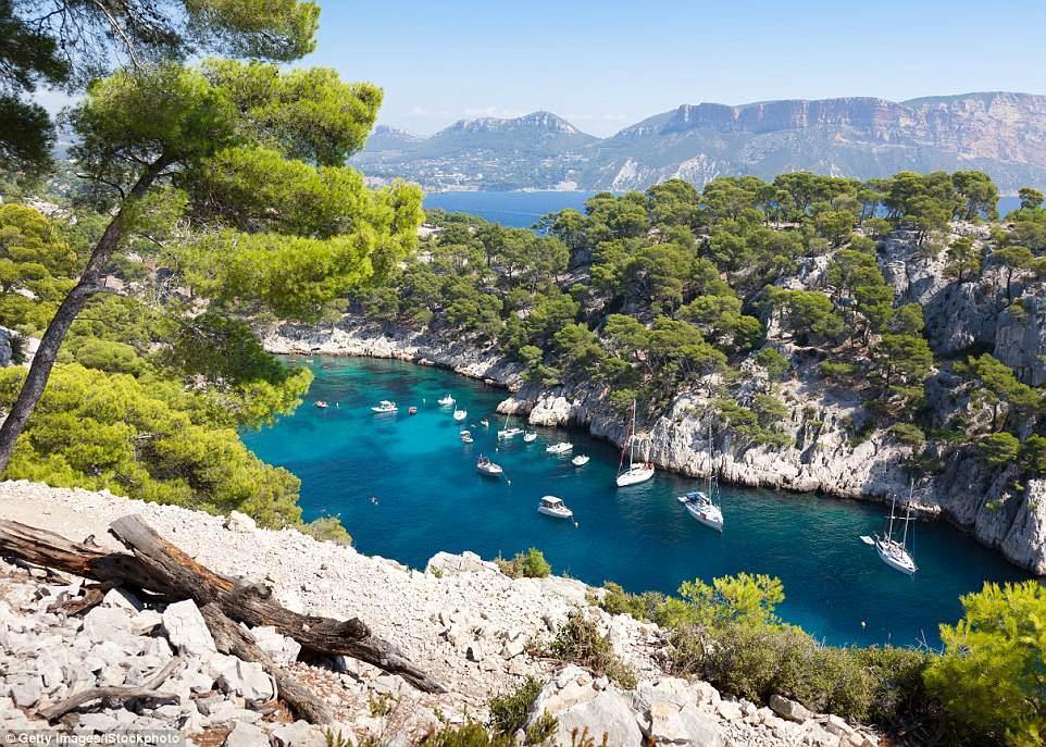 Top điểm đến đẹp nhất châu Âu không thể bỏ qua trong năm nay - 6