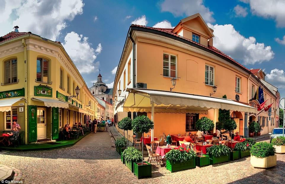 Top điểm đến đẹp nhất châu Âu không thể bỏ qua trong năm nay - 9