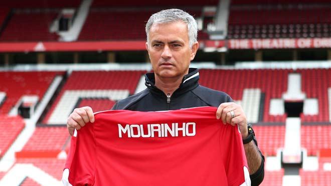 Tròn 2 năm Mourinho tới MU: 3 cúp nhỏ, 400 triệu euro, trăm nỗi buồn - 1