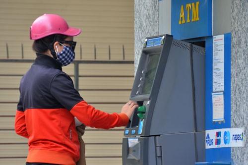Sẽ giới hạn số lượng thẻ ATM với mỗi khách hàng? - 1