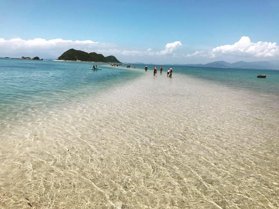 Hè đến Khánh Hòa trải nghiệm con đường xuyên biển đẹp nhất Việt Nam - 4