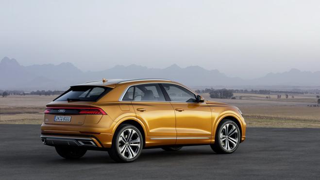 SUV thể thao Audi Q8 hoàn toàn mới chính thức ra mắt: Siêu SUV đến từ tương lai - 11
