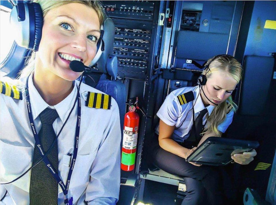 Ngắm nhan sắc của các nữ phi công xinh đẹp nhất thế giới - 7