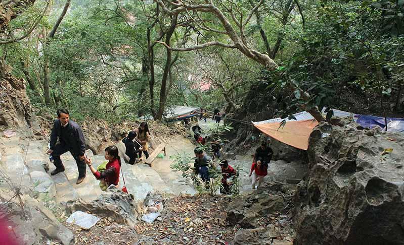 Chùa Thầy – địa điểm dã ngoại tuyệt vời ngay gần trung tâm Hà Nội - 4