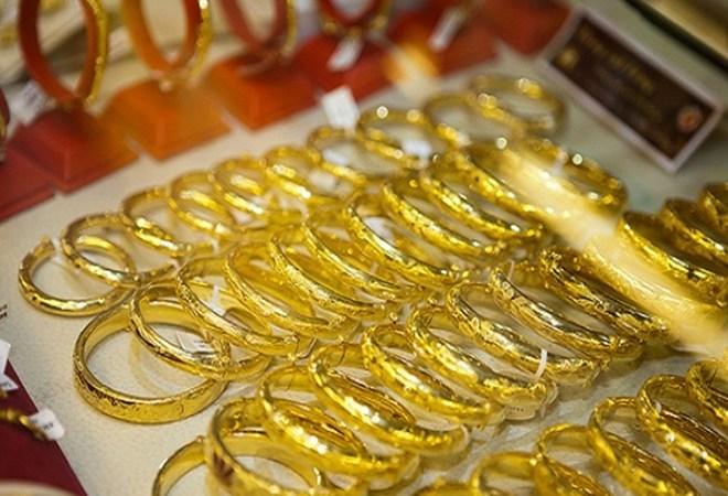 """Giá vàng hôm nay 9/6: Dòng tiền thận trọng, vàng """"lững lờ"""" - 1"""