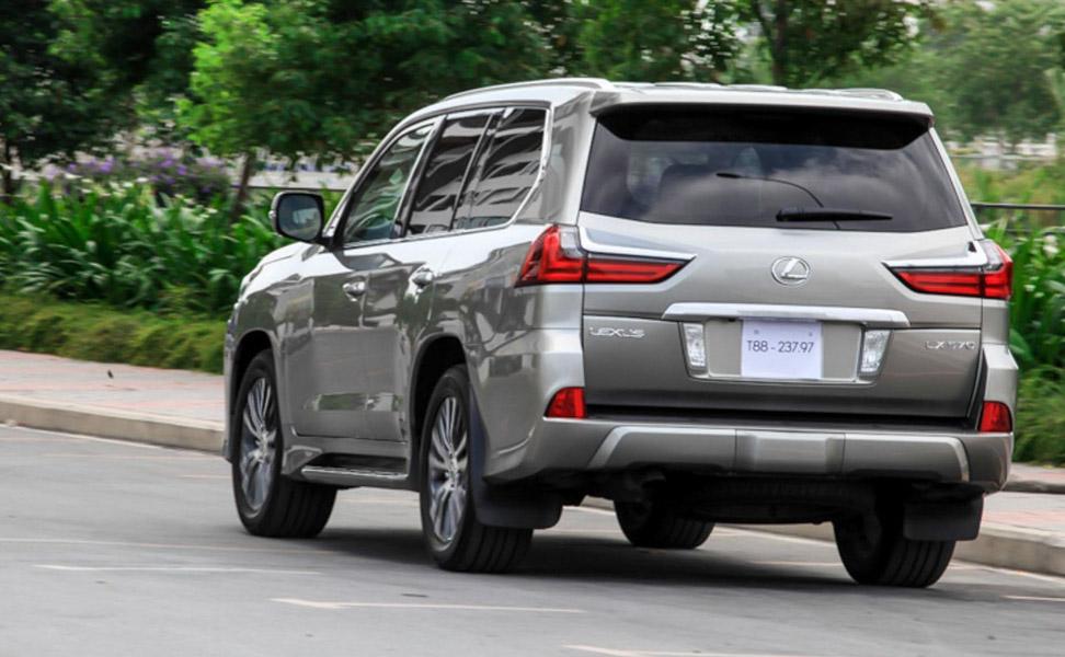 Chỉ có 647 chiếc ô tô dưới 9 chỗ nhập khẩu về Việt Nam trong tuần qua - 2