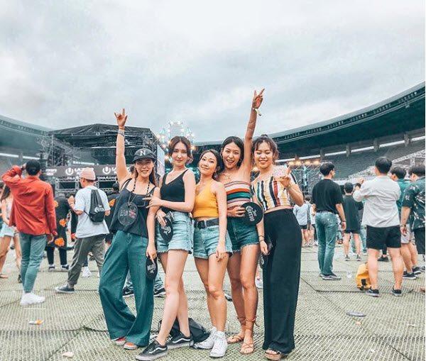 Thời trang của con gái Hàn khi đi đại nhạc hội - 10